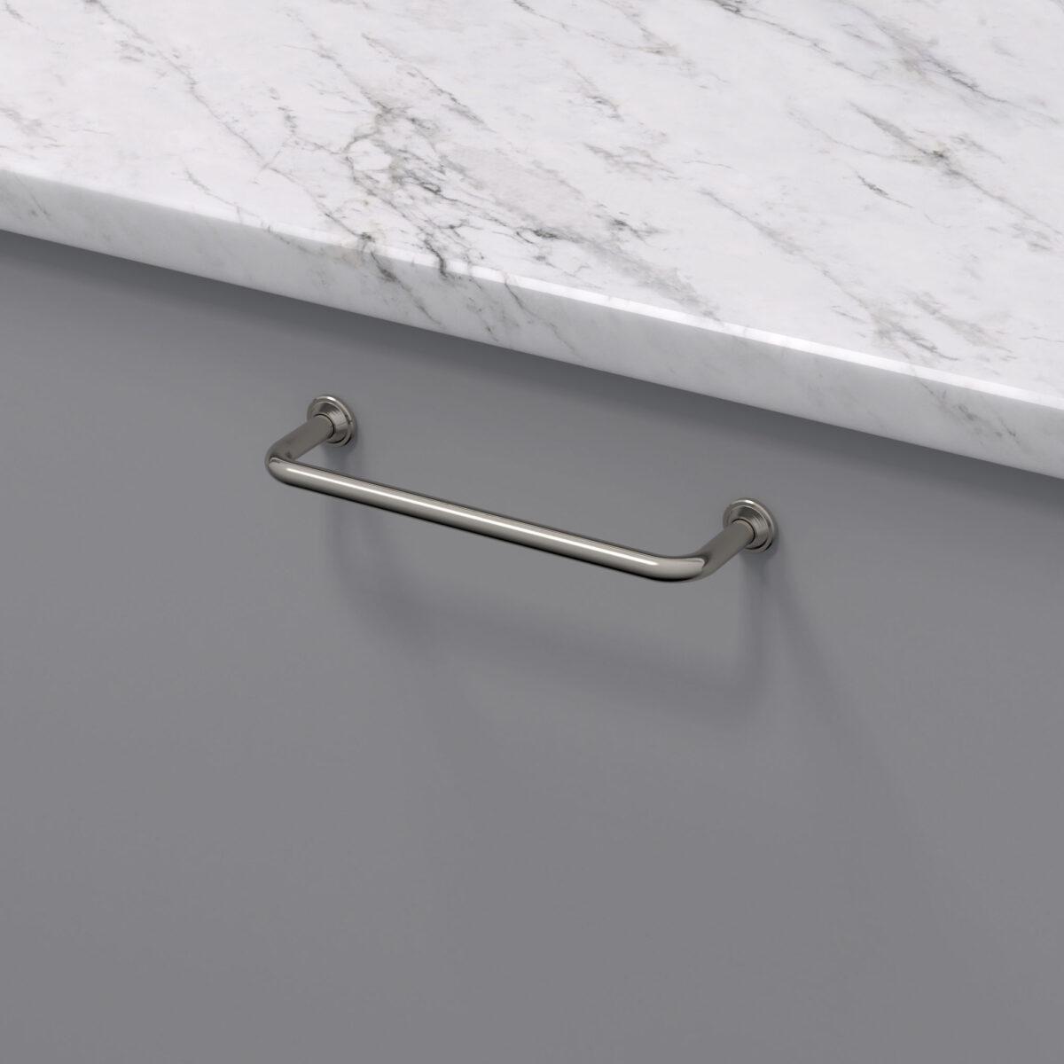 Handtag 1353 fornicklad 33061 11 cc 128 mm ncs s 4500 n marmor carrara