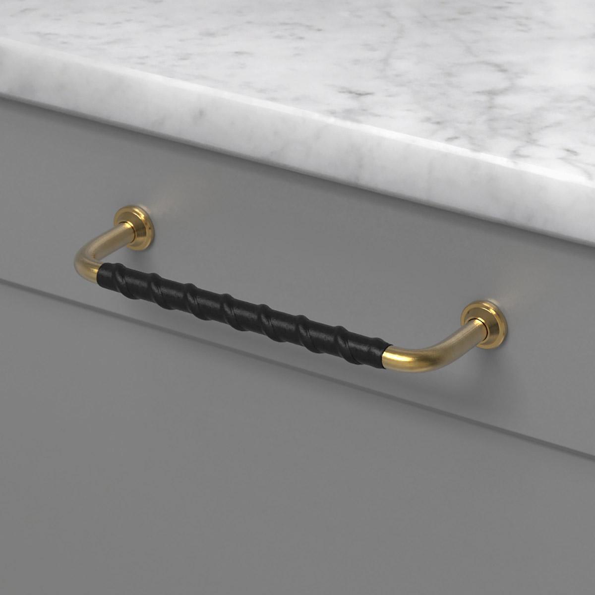 Handtag 1353 obehandlad massing laderlindat svart 330717 11 cc 128 mm ncs s 6500 n marmor carrara