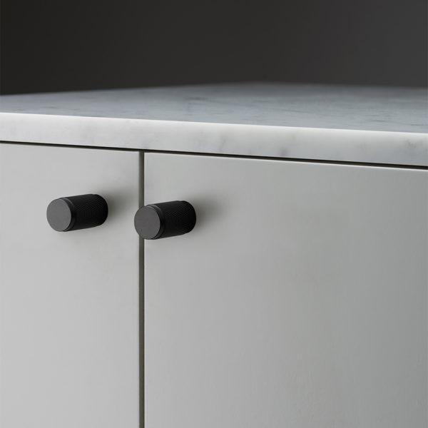 Buster Punch HARDWARE furniture knob black 960x960px