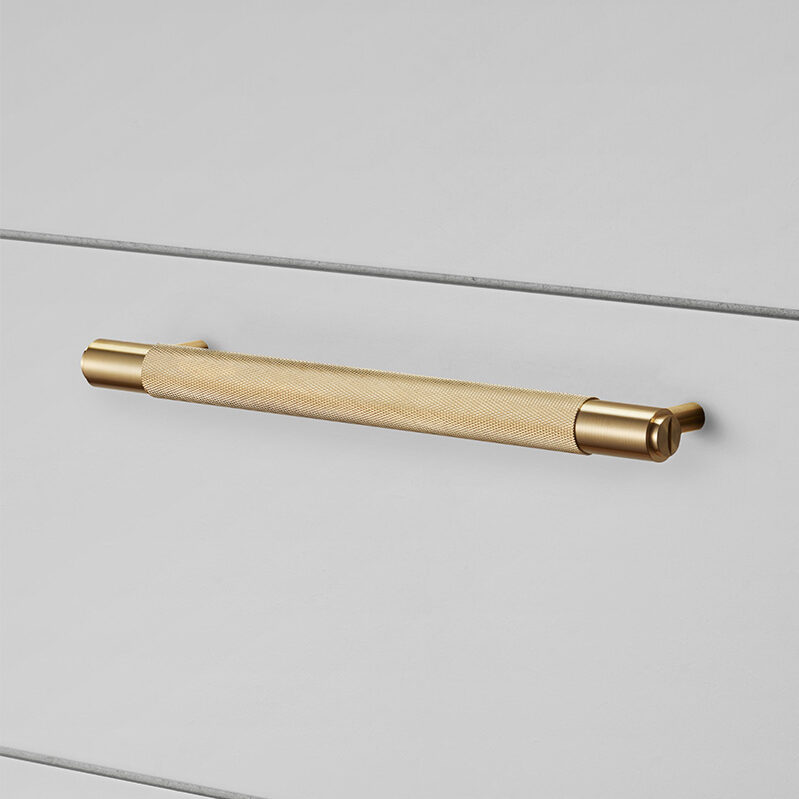 Buster Punch HARDWARE pull bar brass 960x960px
