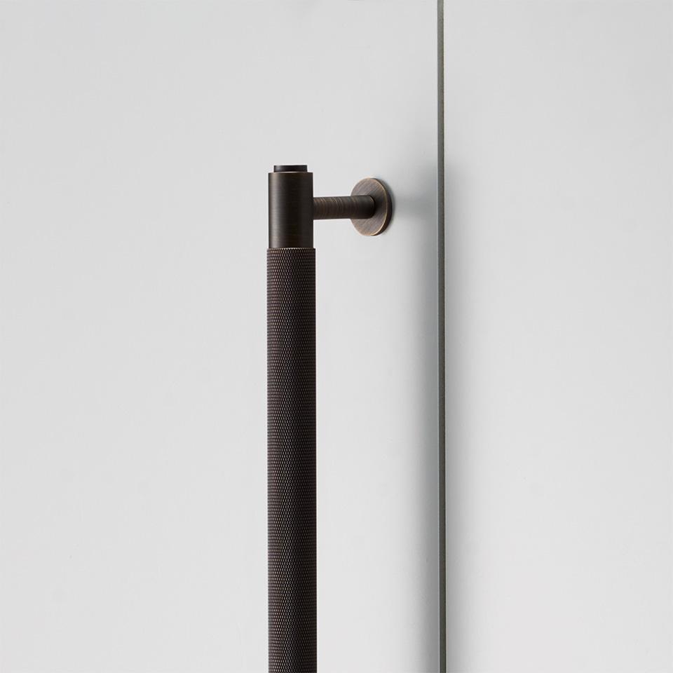2. BusterPunch Closet Bar Smoked Bronze Detail