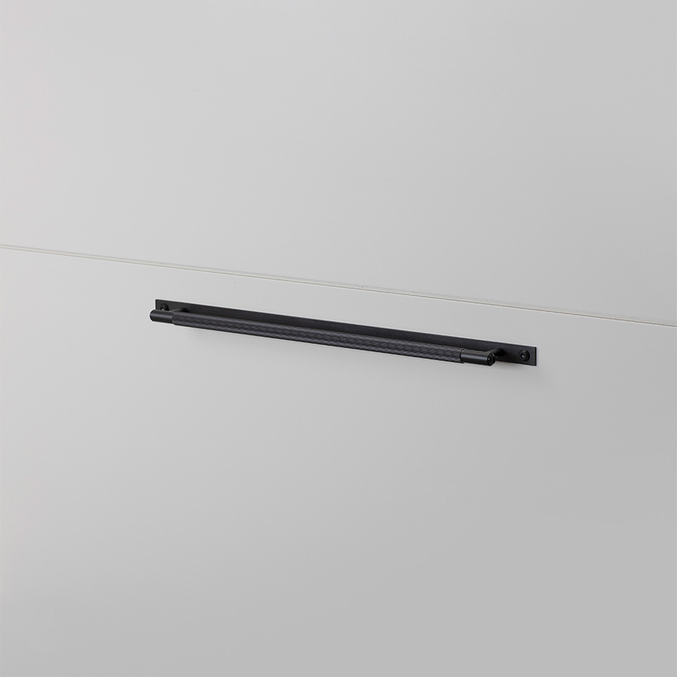 BP Pull Bar Plate Large Black