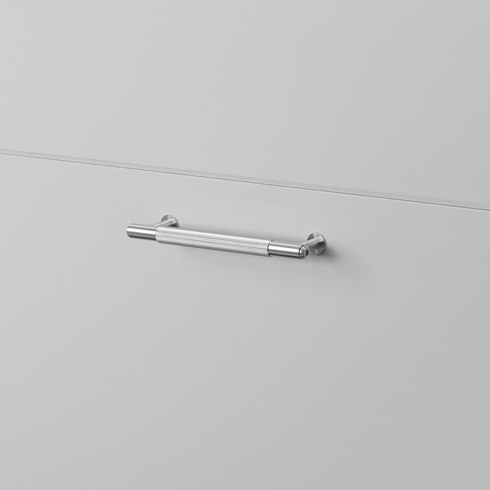 BP Pull Bar Linear Small Steel