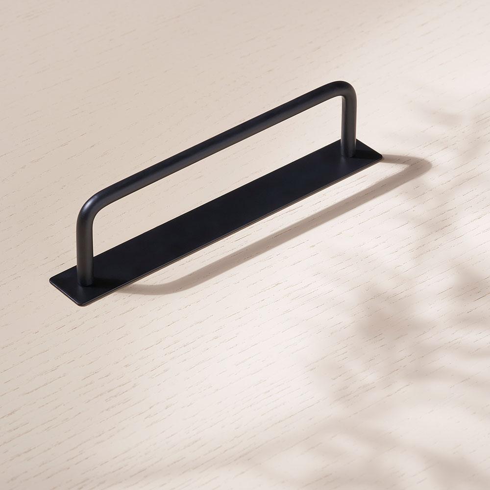 toniton 2048 thread 128 plate black beslagdesign 1000x1000px 534573