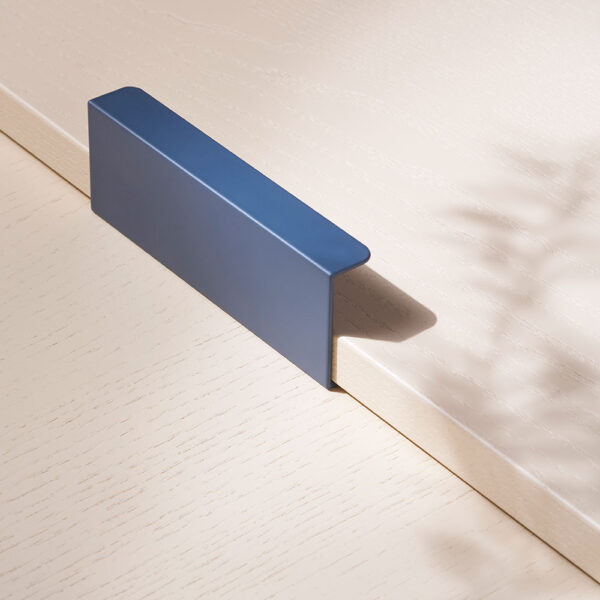 toniton hide 120 blue beslagdesign 1000x1000px 534557