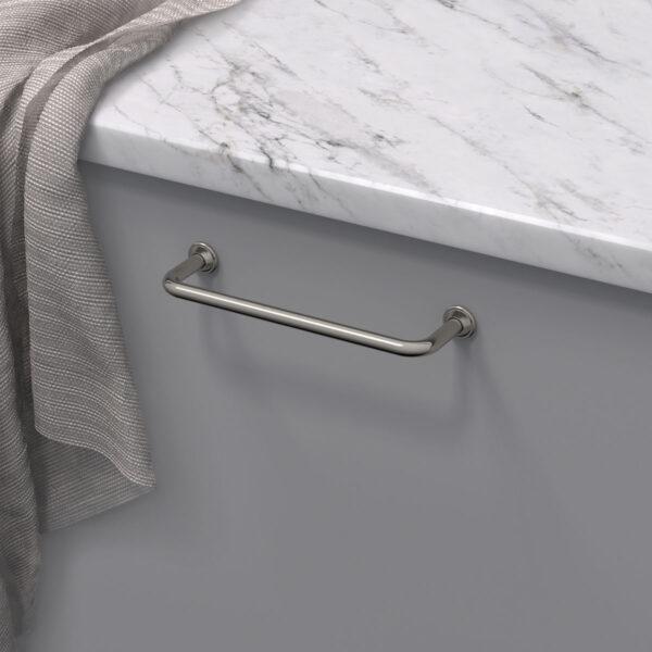 Handtag 1353 fornicklad 33061 11 cc 128 mm ncs s 4500 n marmor carrara 1