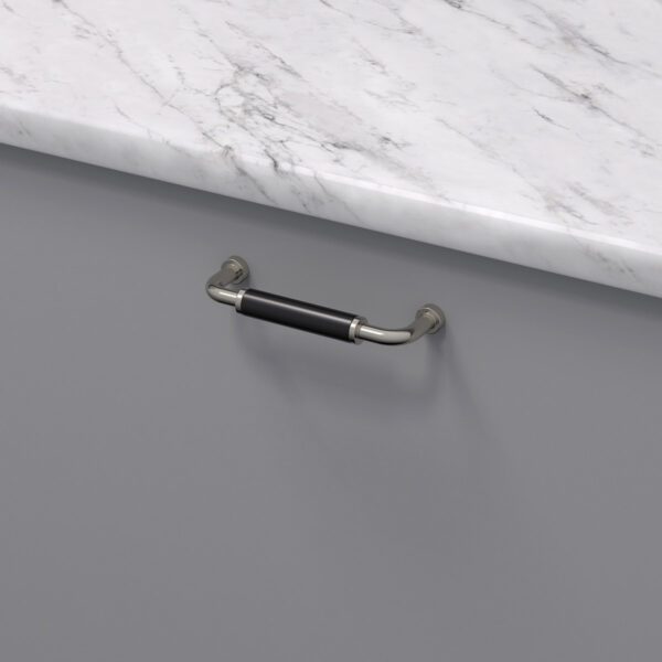 Handtag brohult m fornicklad svart 397040 11 cc 96 mm ncs s 4500 n marmor carrara 1