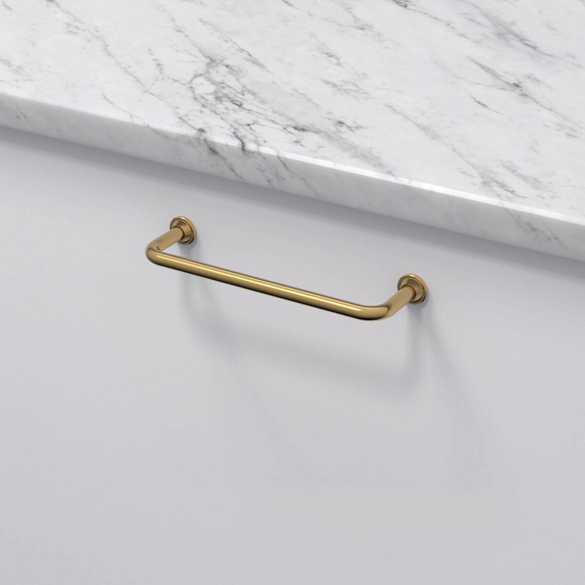 Kokshandtag 1353 polerad massing 33062 11 cc 128 mm ncs s 0300 n marmor carrara