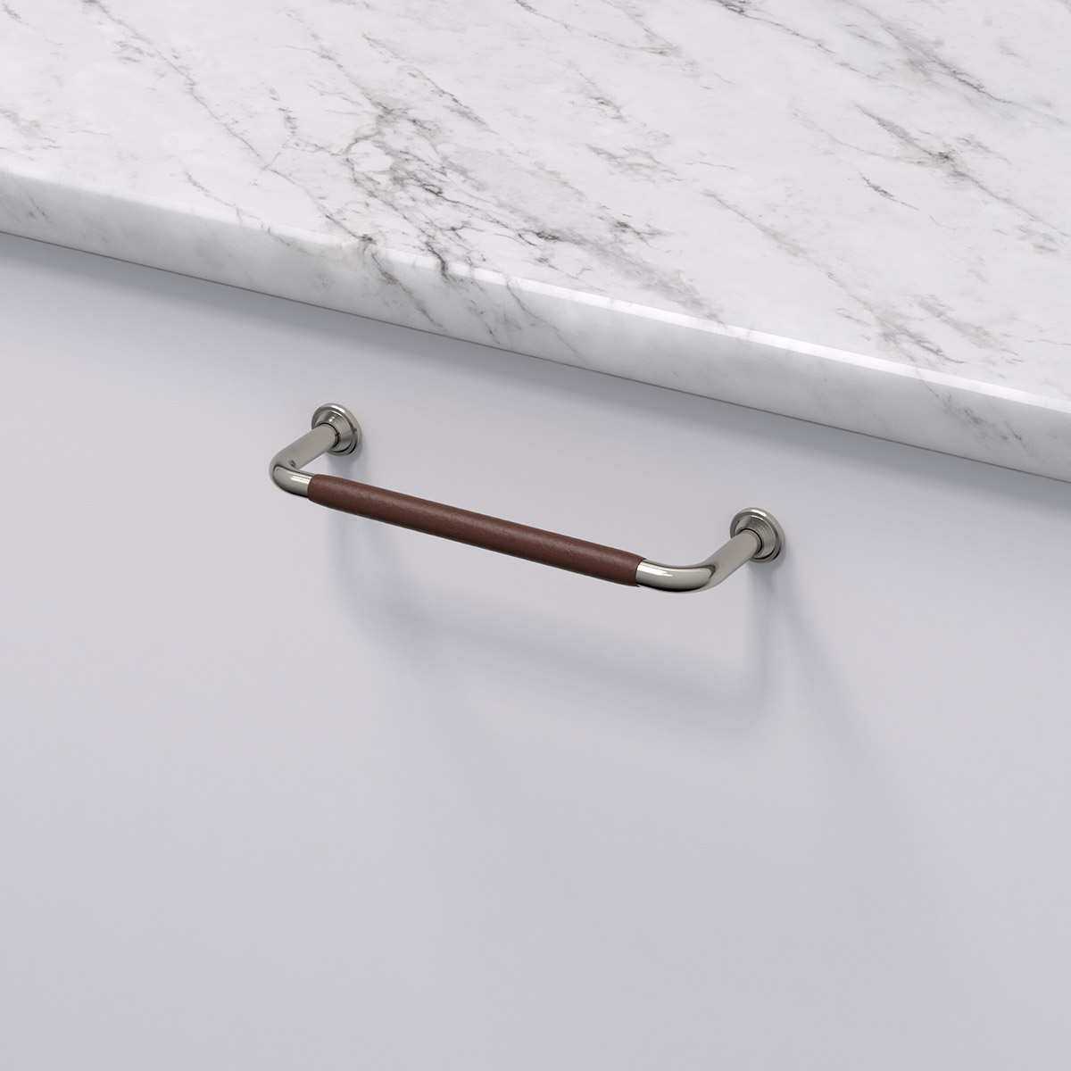 Handtag 1353 ladersvept fornicklad brun 330741 11 cc 128 mm ncs s 0300 n marmor carrara