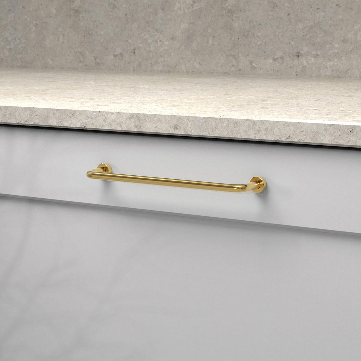 Handtag lounge polerad massing 370121 11 cc 160 mm ncs s 3000 n kalksten