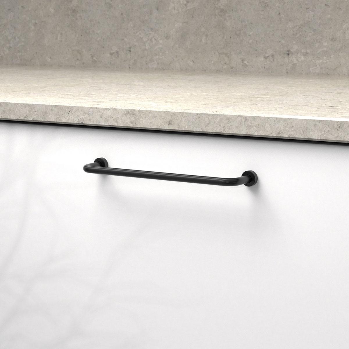 Handtag lounge svart 370123 11 cc 160 mm ncs s 0300 n kalksten