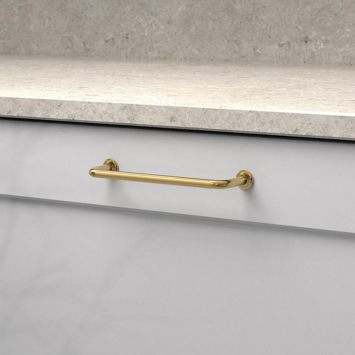 Kokshandtag 1353 polerad massing 33062 11 cc 128 mm ncs s 3000 n marmor carrara